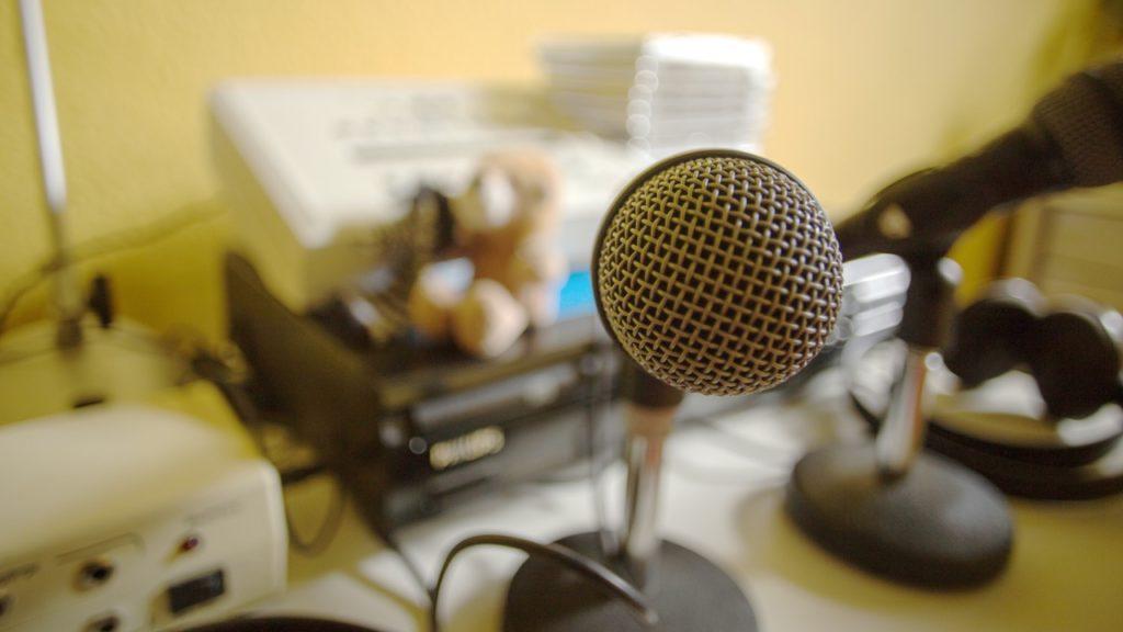 Mikrofon - Ein wichtiges Utensil im Warnke Verfahren
